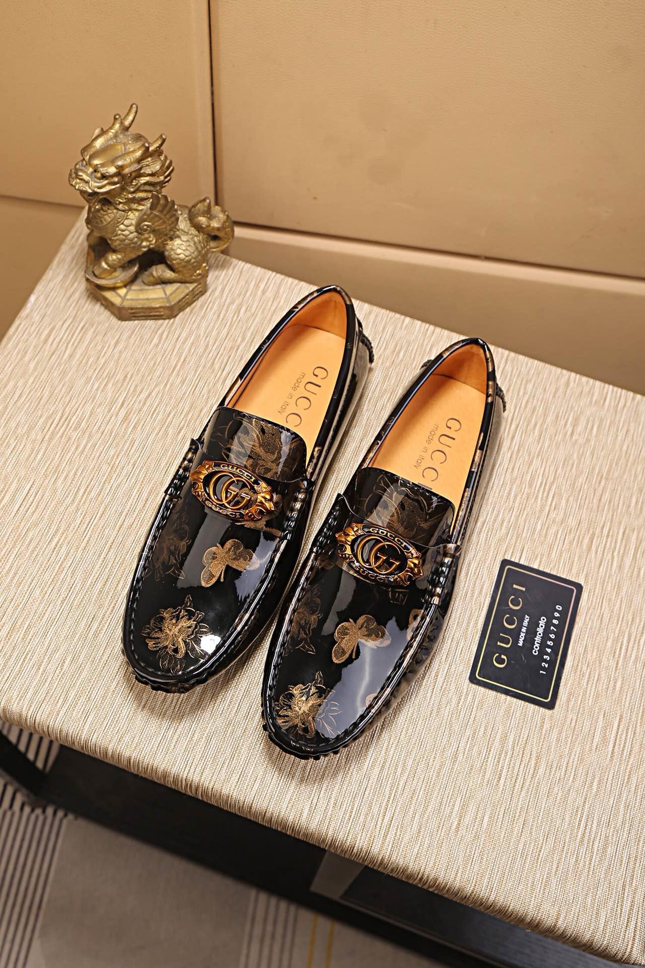 グッチ 靴 メンズ 偽物 おすすめ 安全サイト
