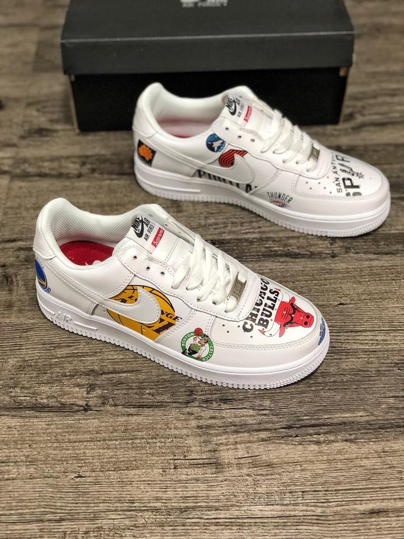 Supreme シュプリーム*Nike メンズ 靴 専門店届かない