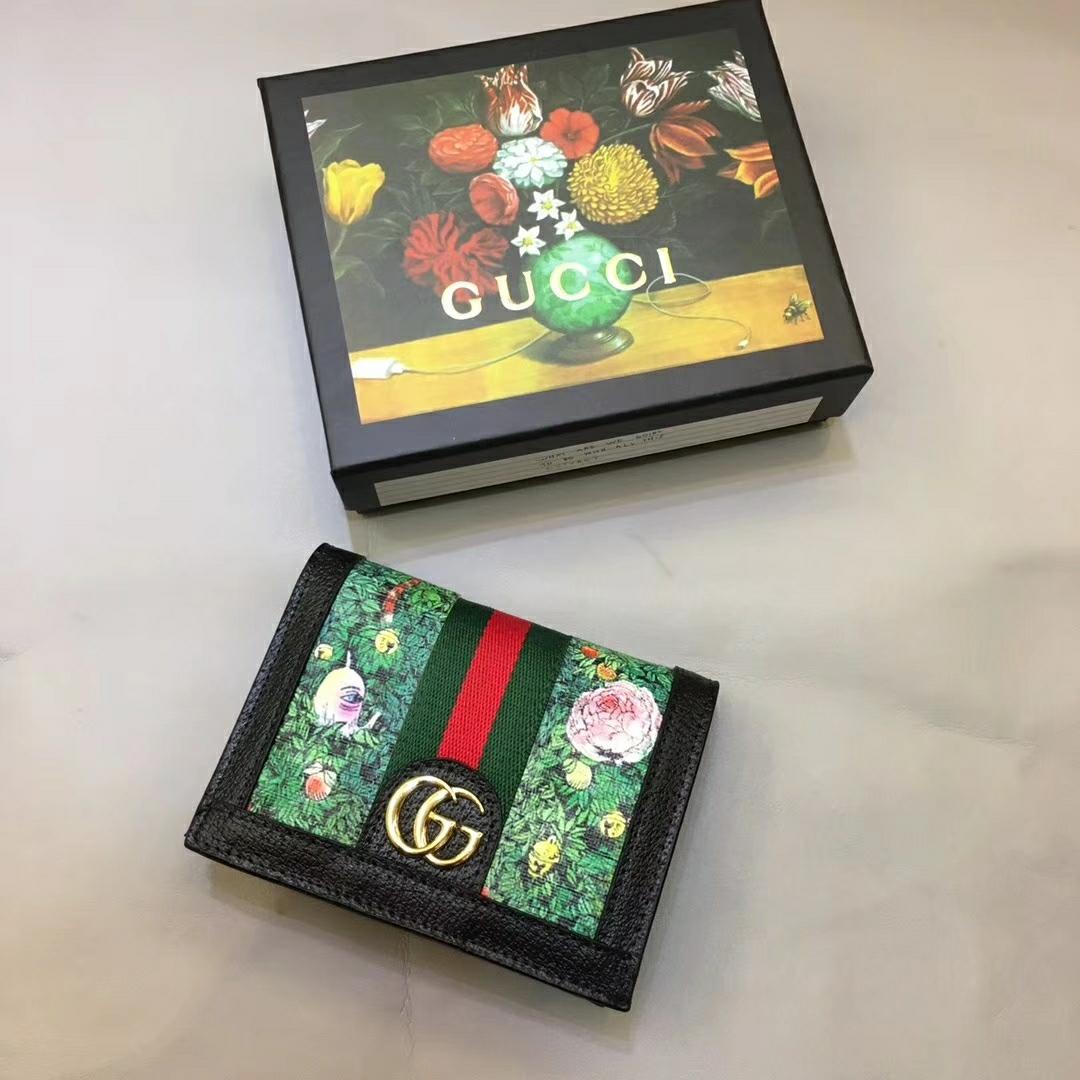 Gucci グッチ レディース 二つ折り財布 ばれない おすすめ 493533 2色