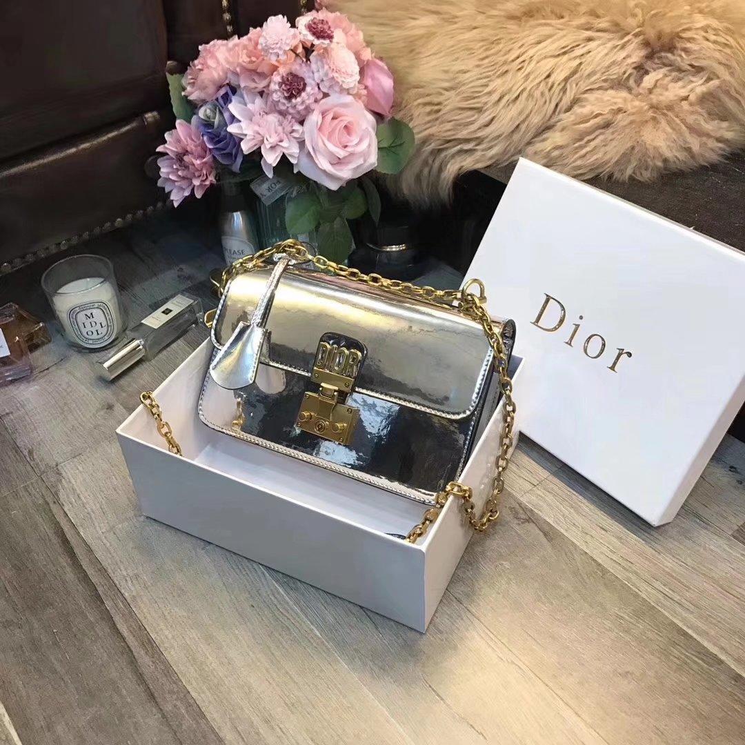 Dior レディース ショルダーバッグ ブランドスーパーコピー 販売 3色