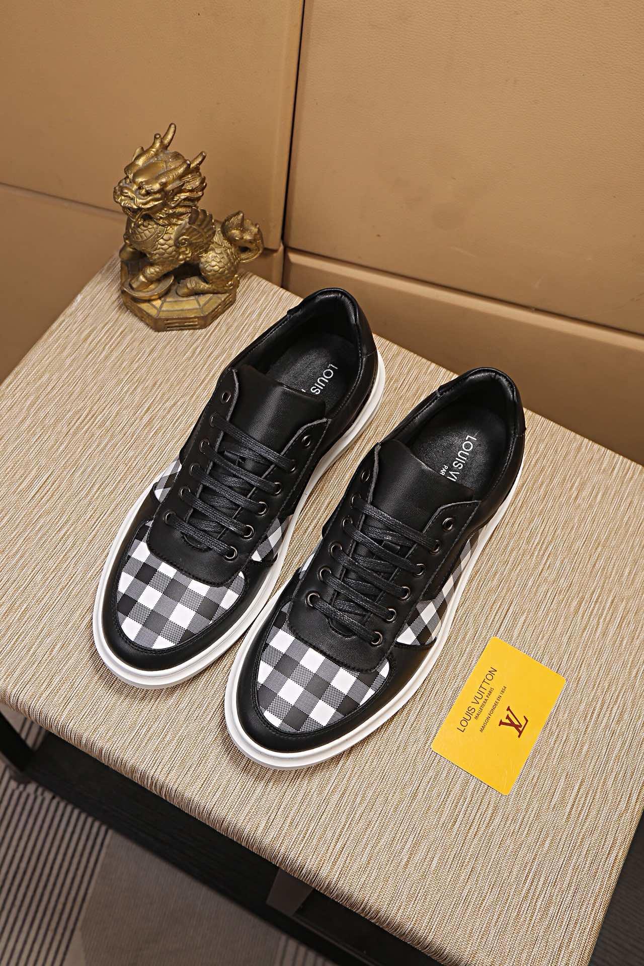 Louis Vuitton ルイヴィトン 靴 メンズ n級品入手 偽物