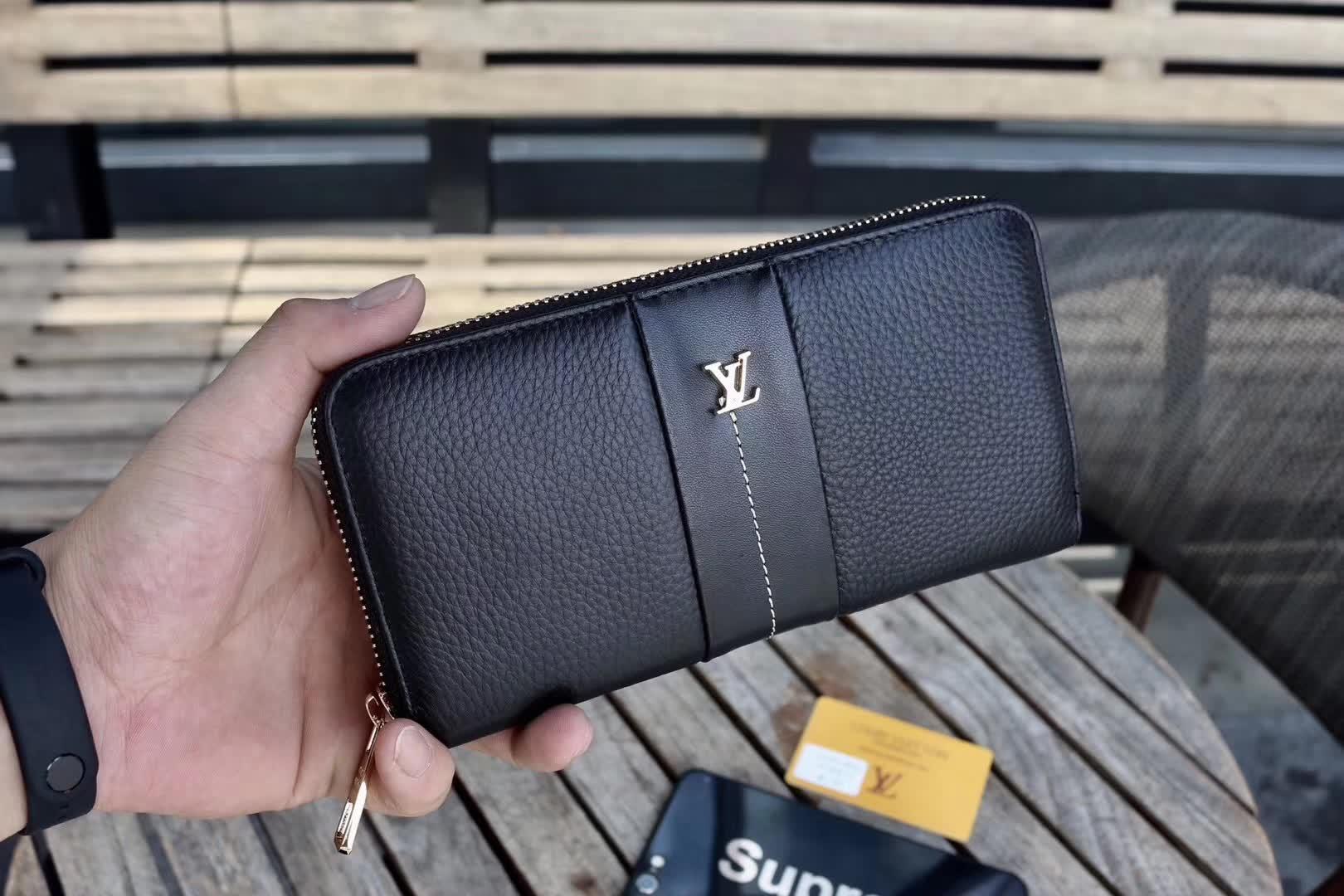 ルイヴィトン メンズ 財布 スーパーコピーブランド 代引き対応 V23344