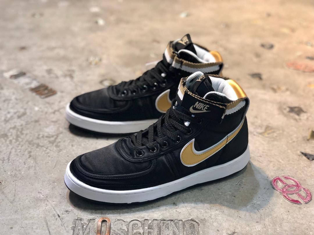Supreme*Nike メンズ/レディース 靴 通販  スーパーコピー 代引き可能 AH8652