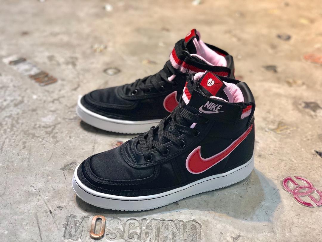 Supreme*Nike 靴 メンズ/レディース 激安 おすすめ 代引き届く  AH8652
