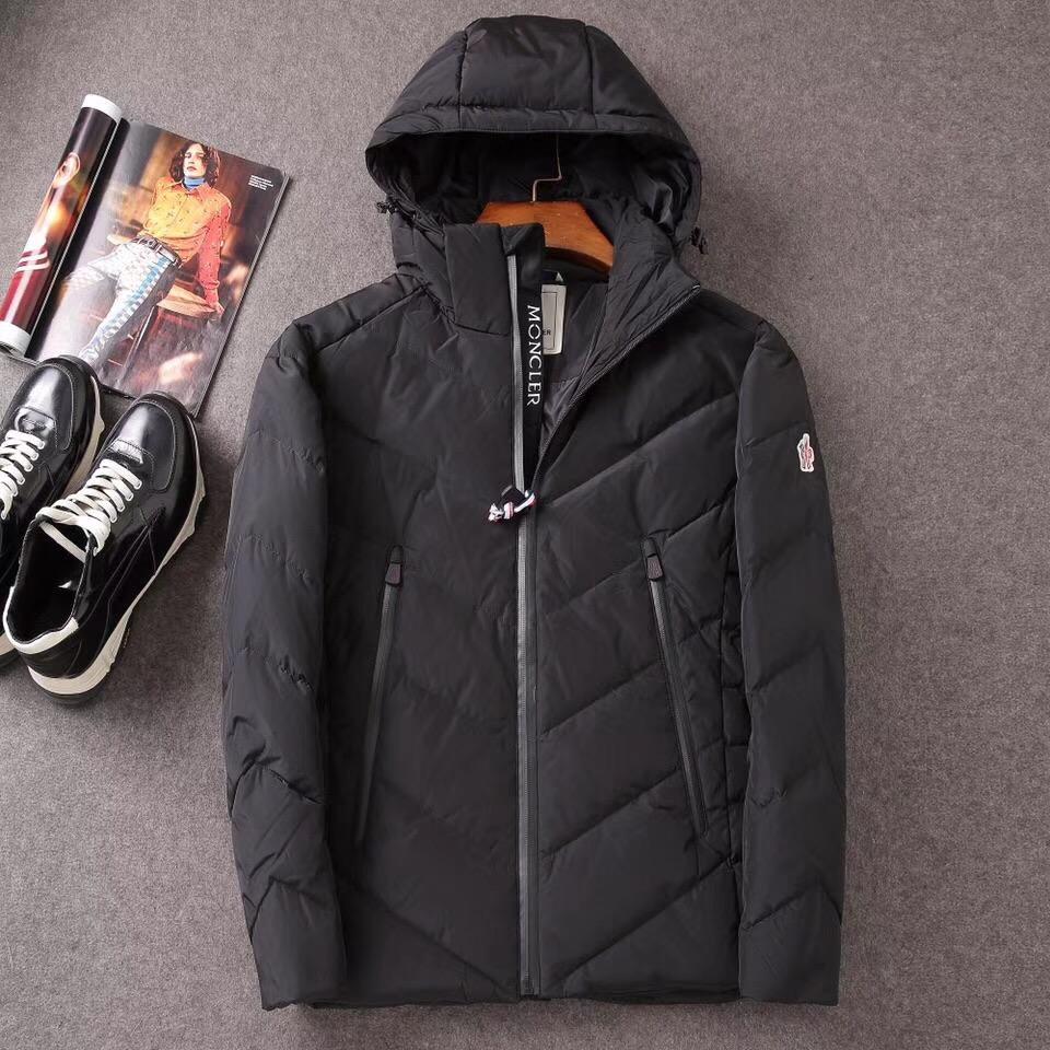 モンクレール ダウンジャケット メンズ スーパーコピー 通販日本国内発送 後払い 2色