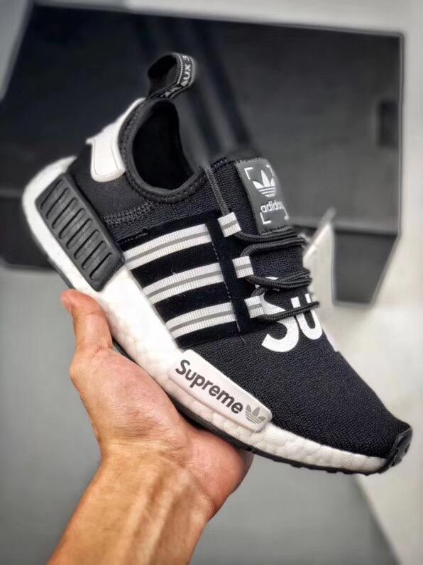 シュプリーム カップル 靴 スーパーコピーブランド 専門店届かない 口コミ 3色