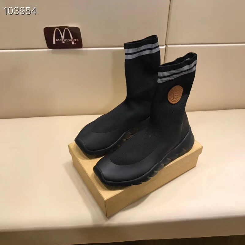 フェンディ カップル 靴 ばれない おすすめ 商品代引き ブランドコピー 2色 P5728076
