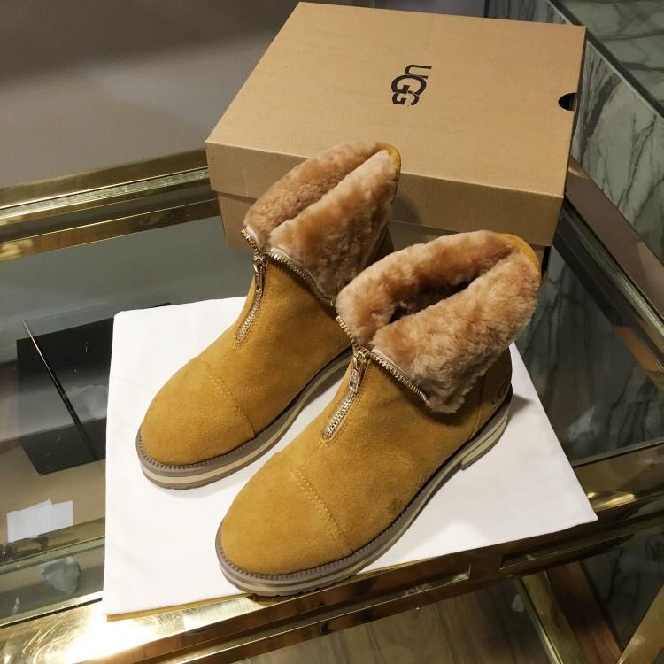 UGG レディース 冬靴 2色 p4526046 ブランドスーパーコピー 専門店信頼 後払い