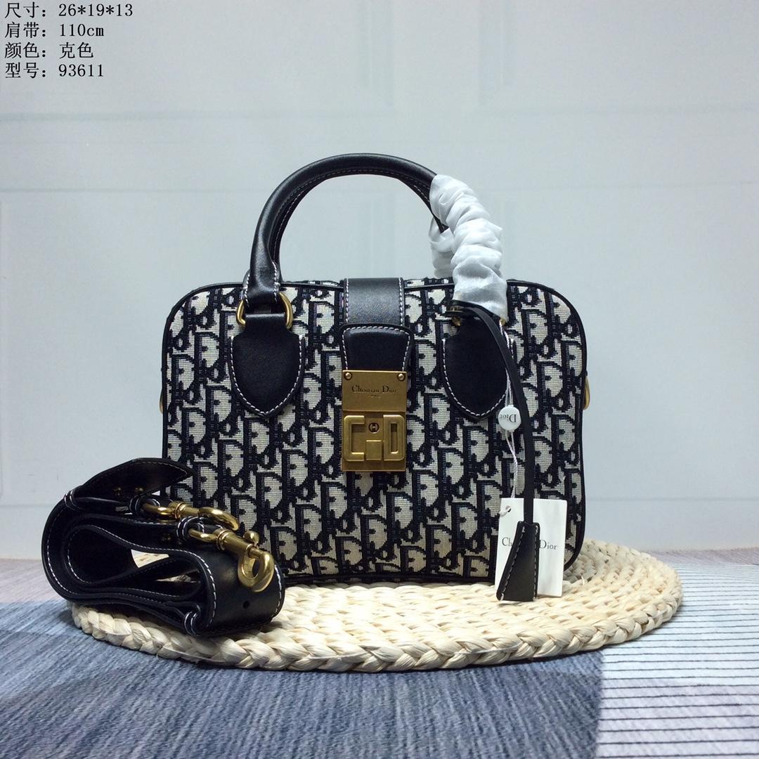 Dior クリスチャンディオール 2色 レディース バッグ    専門店届かない 後払い
