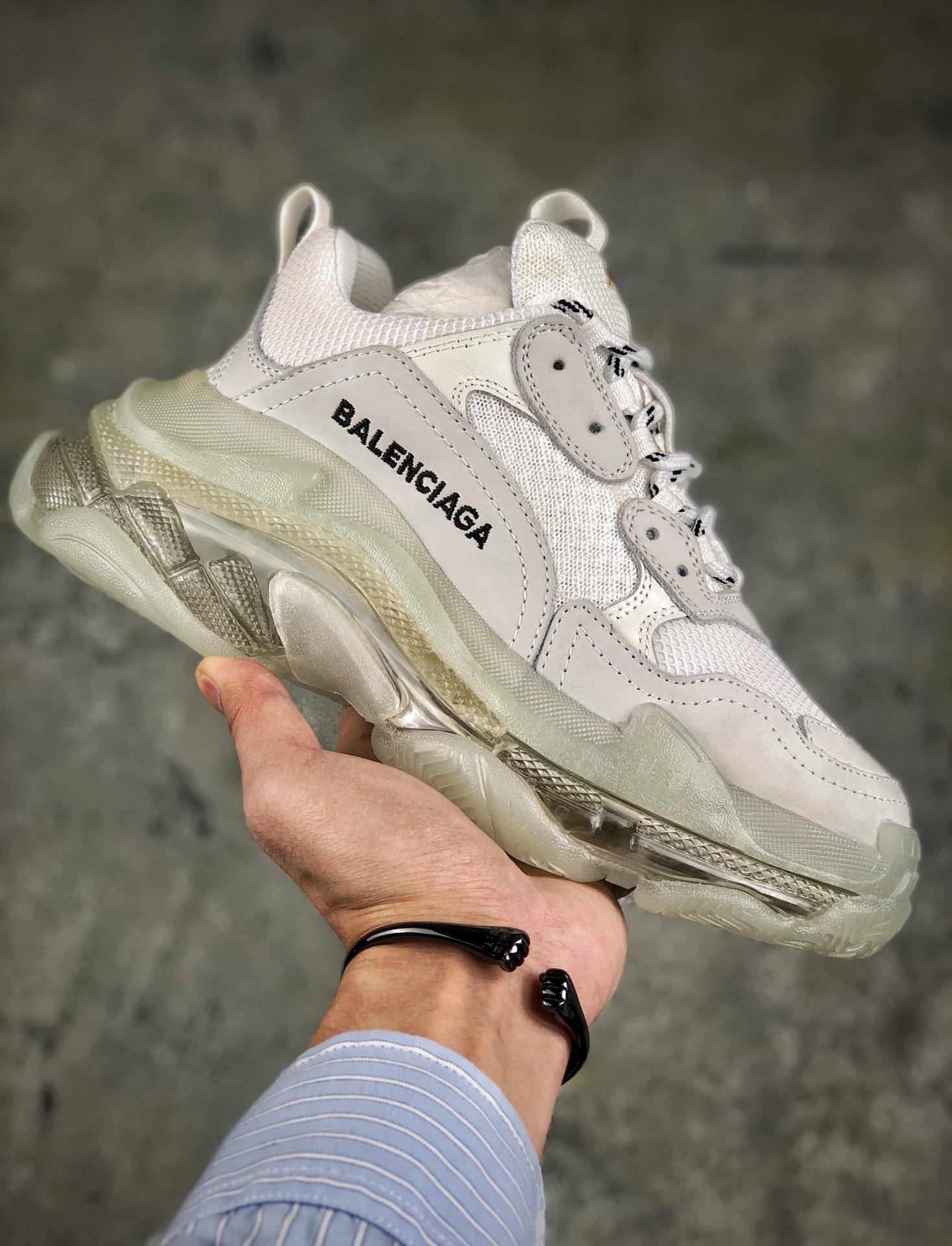バレンシアガ 靴 カップル ブランドコピー 安全なところ