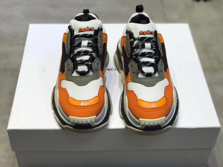 バレンシアガ カップル 2色 靴 安全必ず届く 代引き日本国内発送 後払い