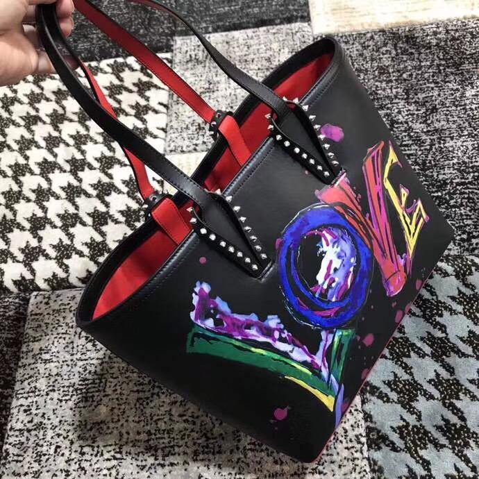クリスチャンルブタンレディース バッグ 最新入荷 最高級品 日本国内発送 後払い