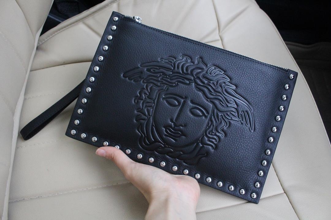 Versaceヴェルサーチ メンズ クラッチバッグ 日本国内発送 後払い 2896-2