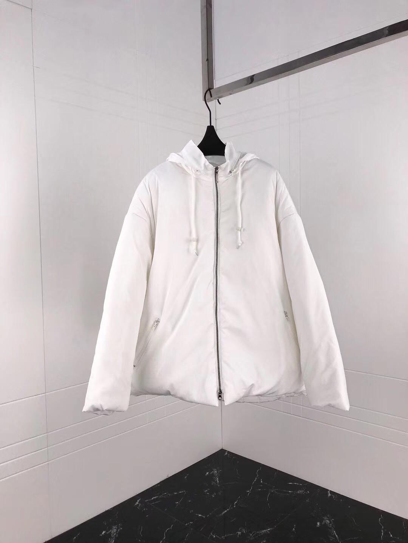 バレンシアガ カップル 冬服 代引き後払い 送料無料 ブランドスーパーコピー
