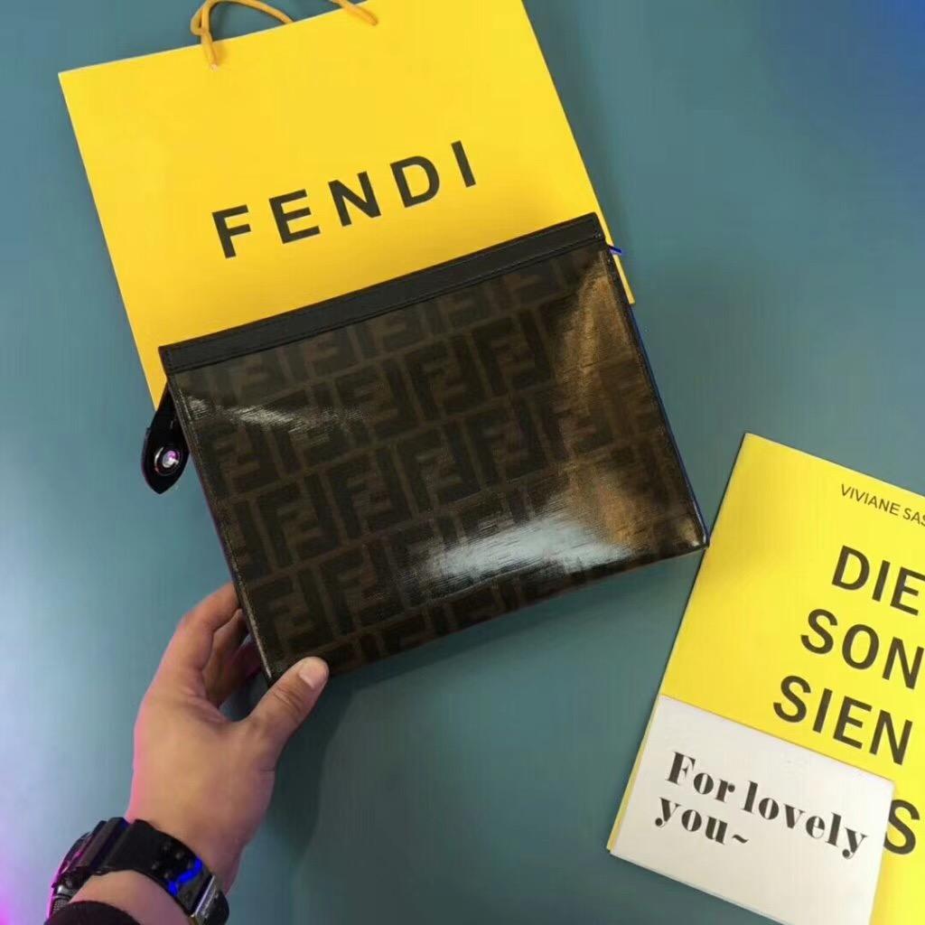 fendi フェンディ メンズ バッグ 専門店信頼 商品口コミ 安全代引き日本