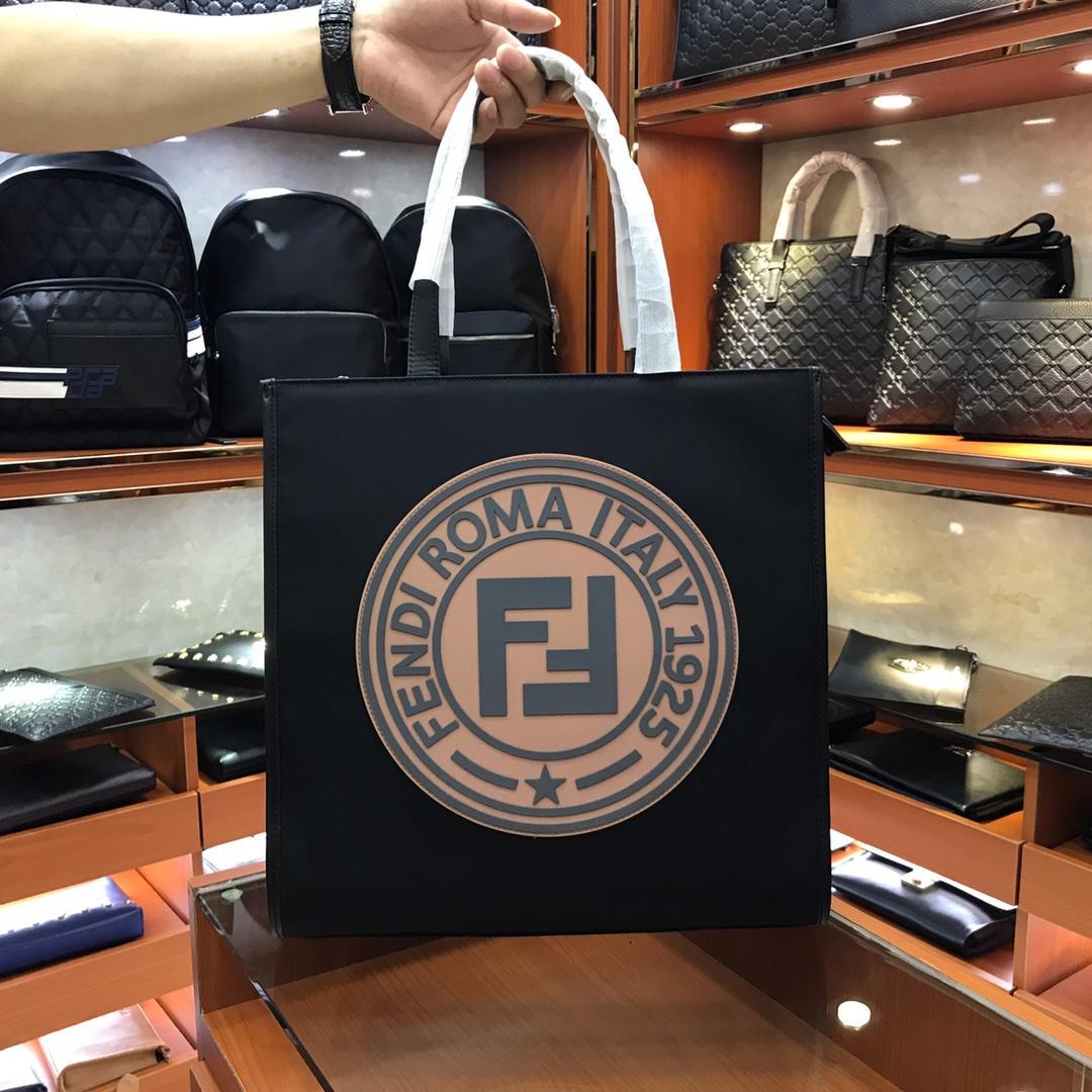 fendi フェンディ メンズ ハンドバッグ おすすめ 後払い 日本国内発送 最新入荷 1389