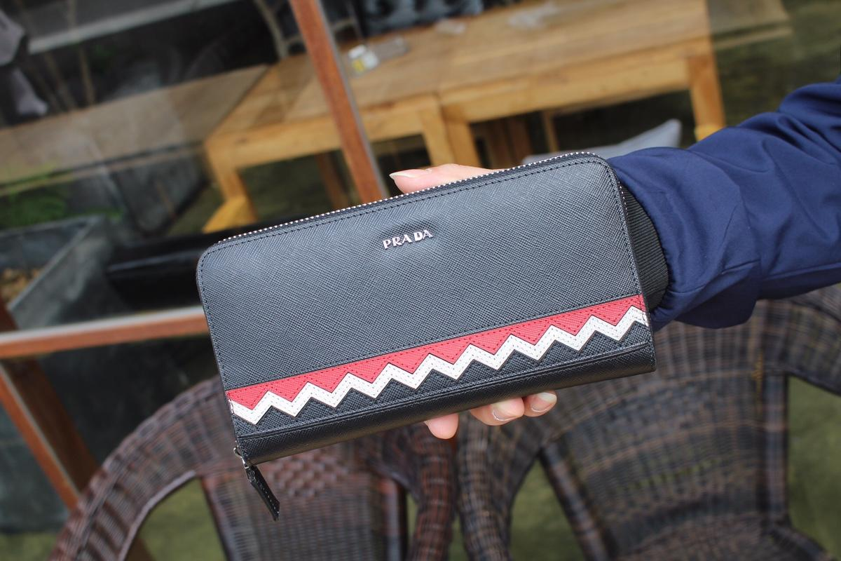 Prada プラダ メンズ 財布 ブランドスーパーコピー おすすめ 安全サイト 後払い 52823
