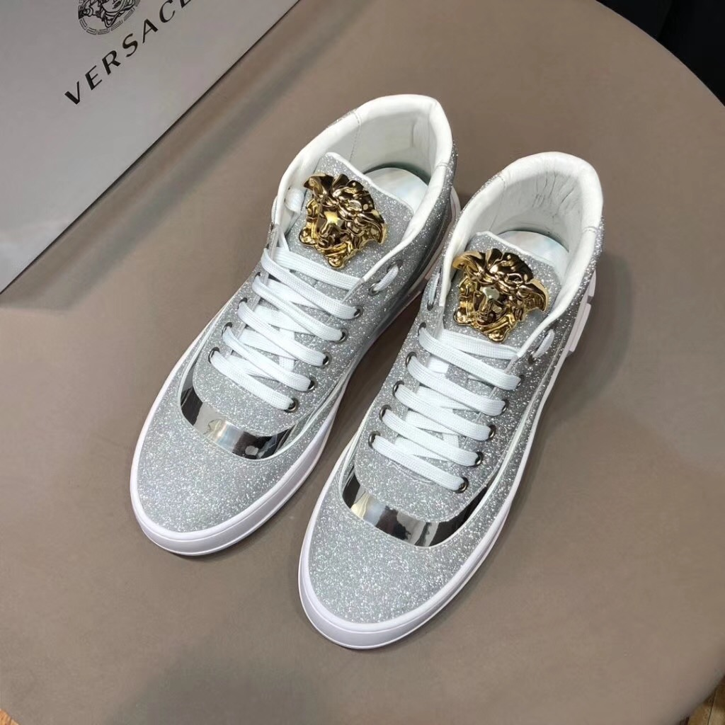 Versaceヴェルサーチ メンズ 2色 靴 代引き可能 国内発送安全 後払い
