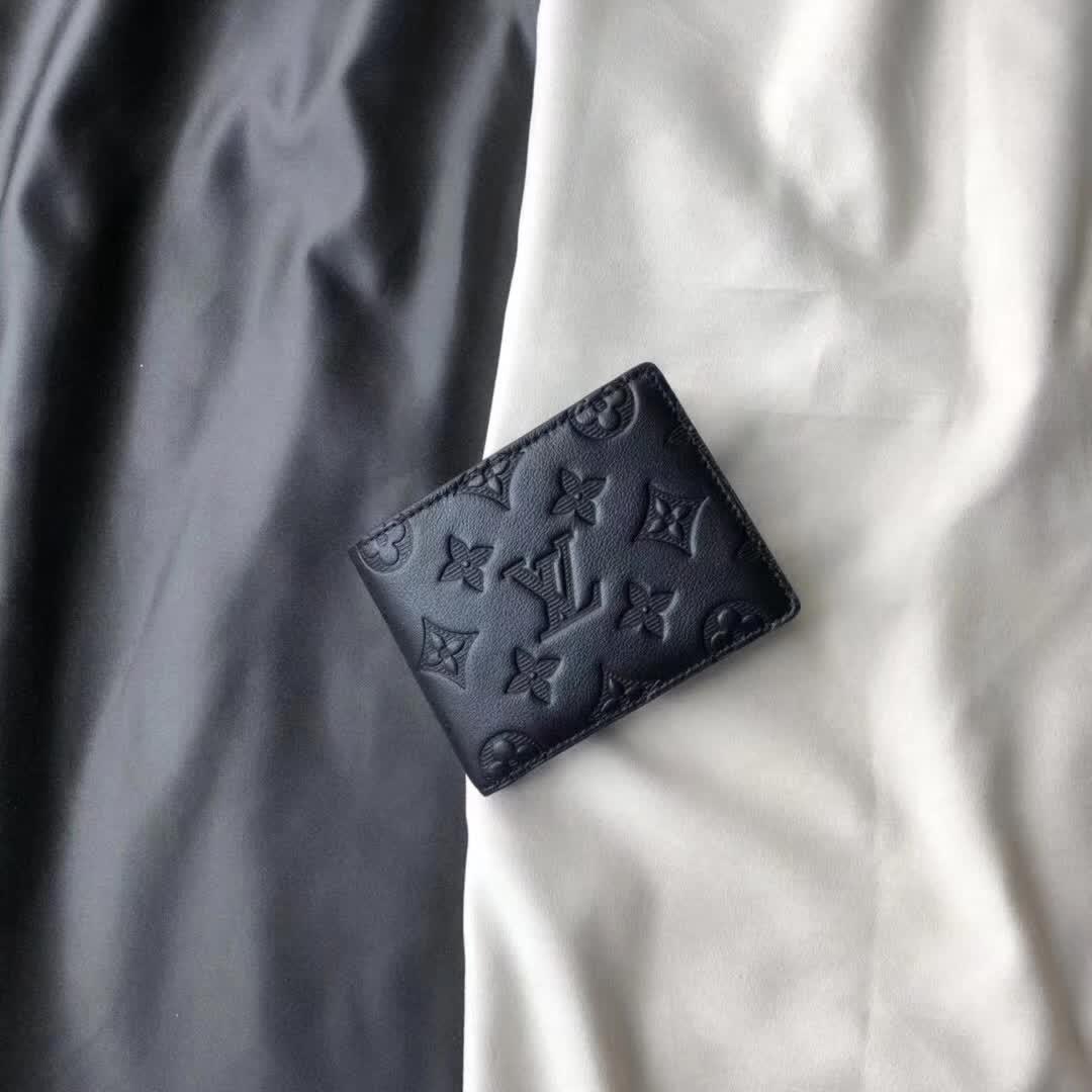 ルイヴィトン メンズ 二つ折り財布 専門店安全なところ 代引き口コミ 送料無料 M62901