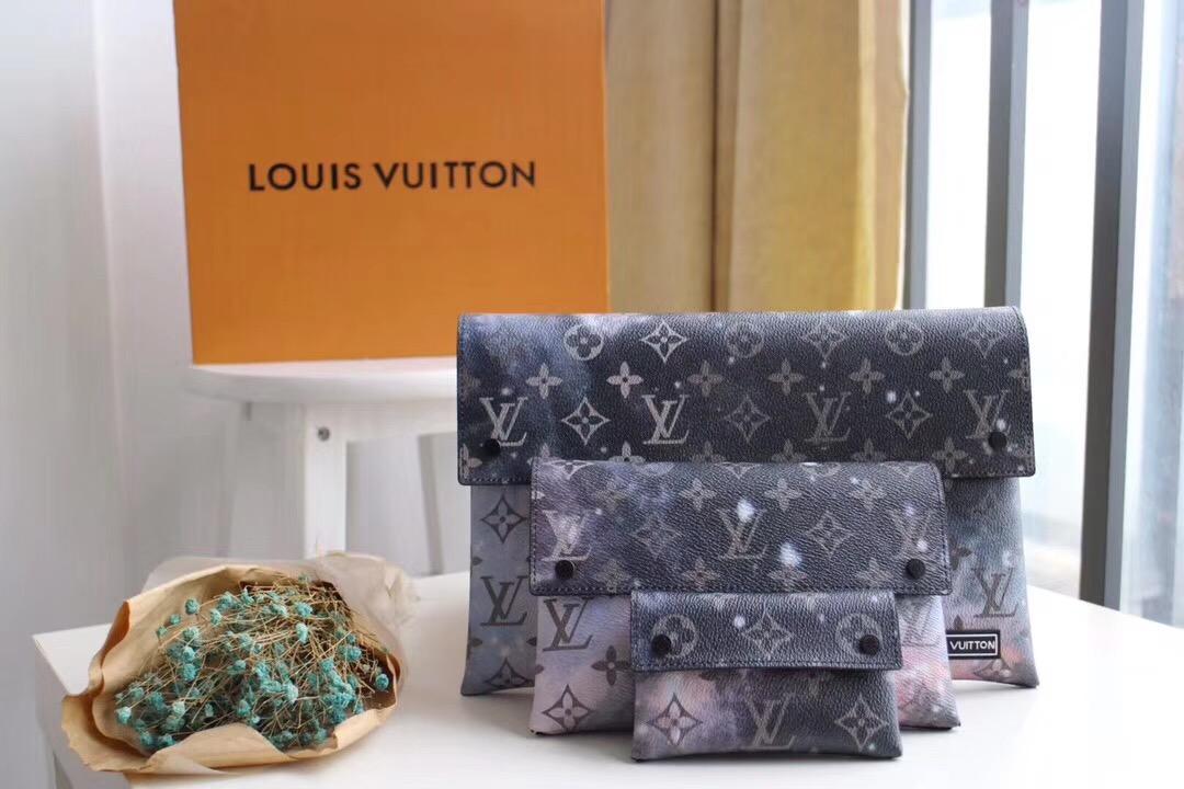 Louis Vuitton ルイヴィトン クラッチバッグ セット 安全必ず届く 代引き通販口コミM44177