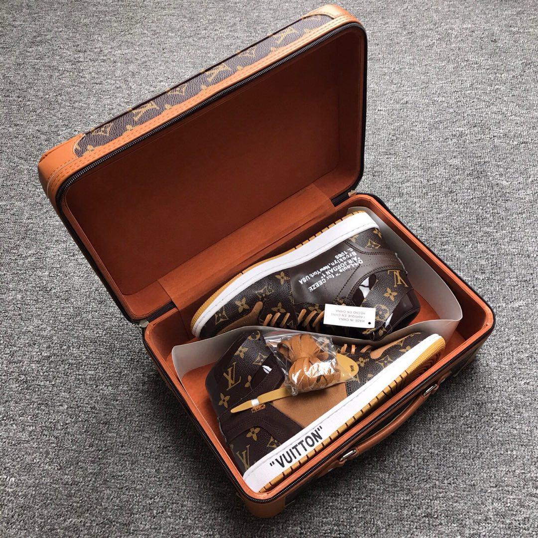 ルイヴィトン メンズ 靴 2色 スーパーコピー 日本国内発送 後払い