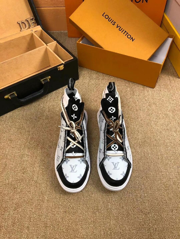 ルイヴィトン メンズ 靴 おすすめ 後払い 代引きできるお店 送料無料