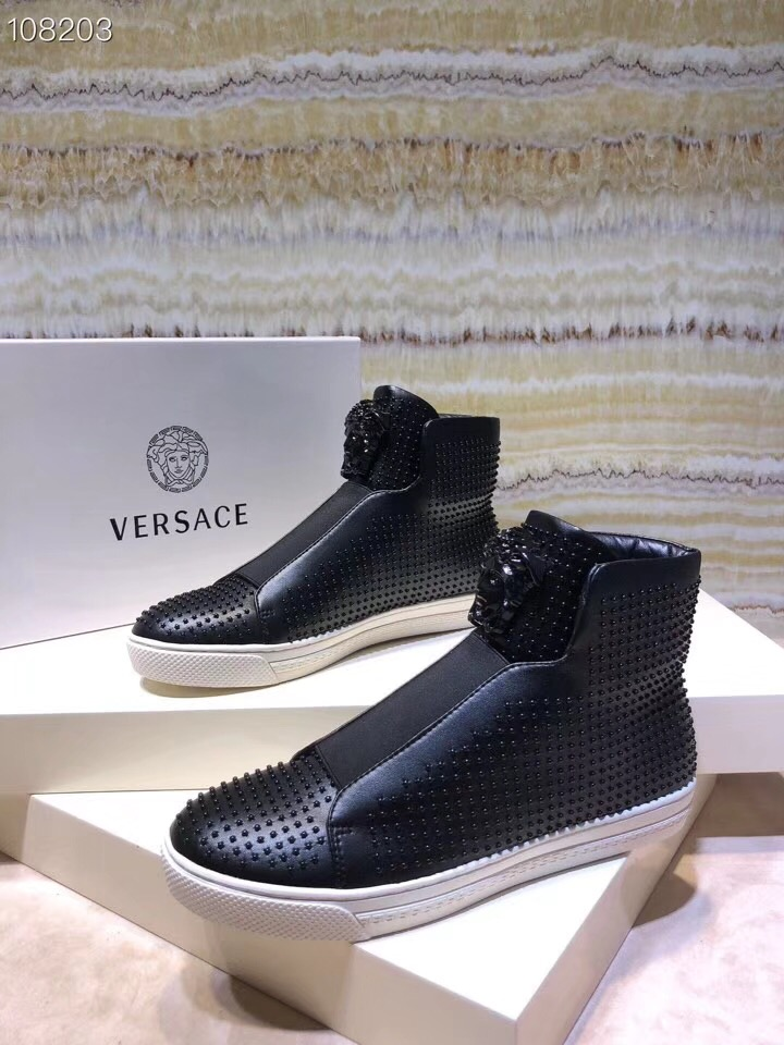 Versaceヴェルサーチ メンズ 靴 安全必ず届く スーパーコピー 代引き届く