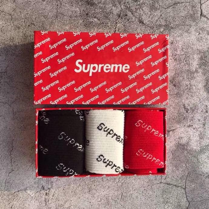 Supreme シュプリーム カップル 靴下 3足セット 専門店口コミ 最新入荷