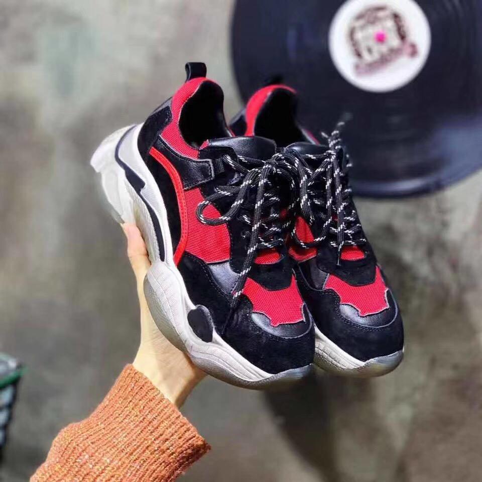 バレンシアガ カップル 靴 ブランドコピー 代引き後払い 国内販売店
