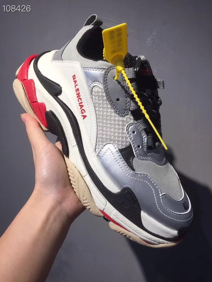 バレンシアガ カップル 靴 4色 ブランドスーパーコピー 専門店届かない 代引き届く