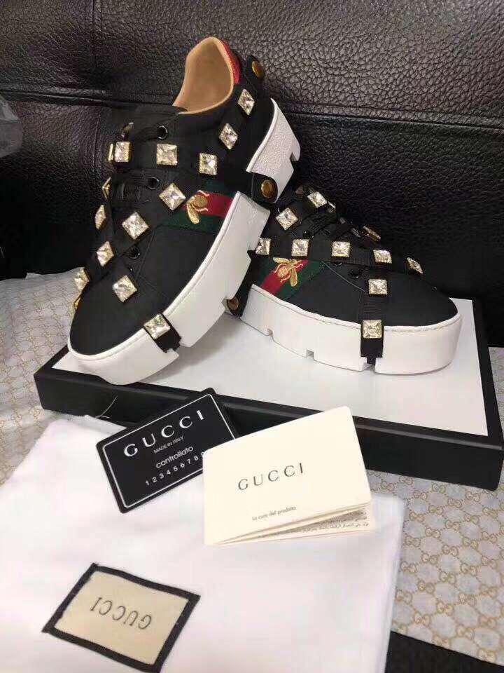 Gucci グッチ レディース 靴 2色 専門店届かない 日本国内発送 代引き後払い