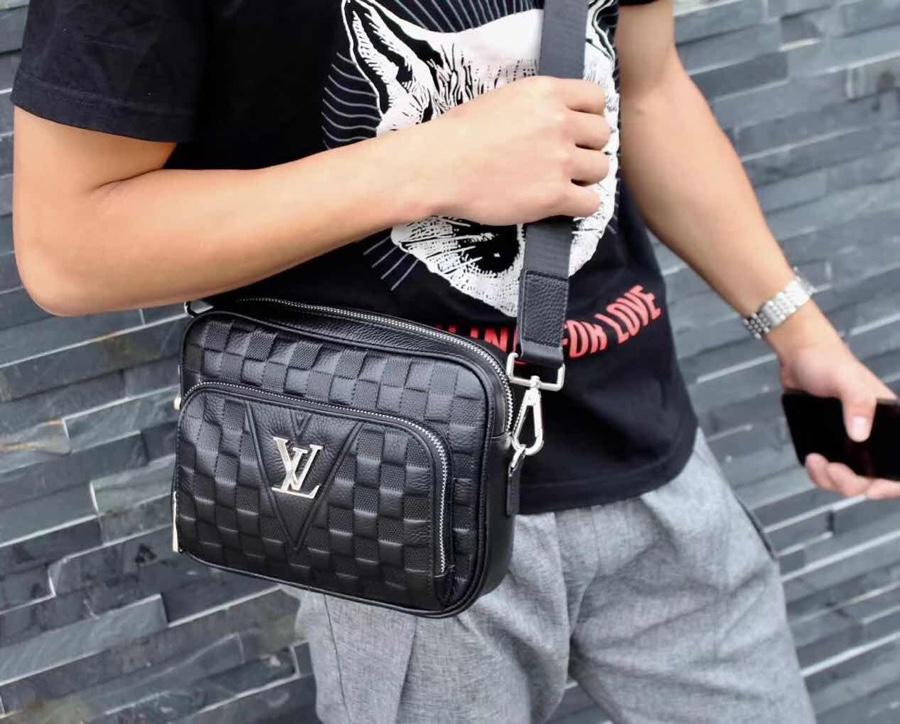 Louis Vuitton ルイヴィトン メンズ 斜め掛けショルダーバッグ ブランドスーパーコピー 商品専門店 6055