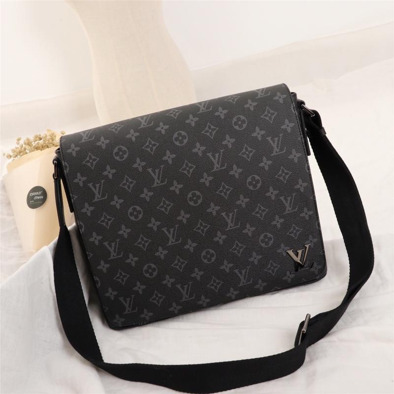Louis Vuitton ルイヴィトン メンズ メッセンジャーバッグ  おすすめ 口コミ 格安ばれない M44001