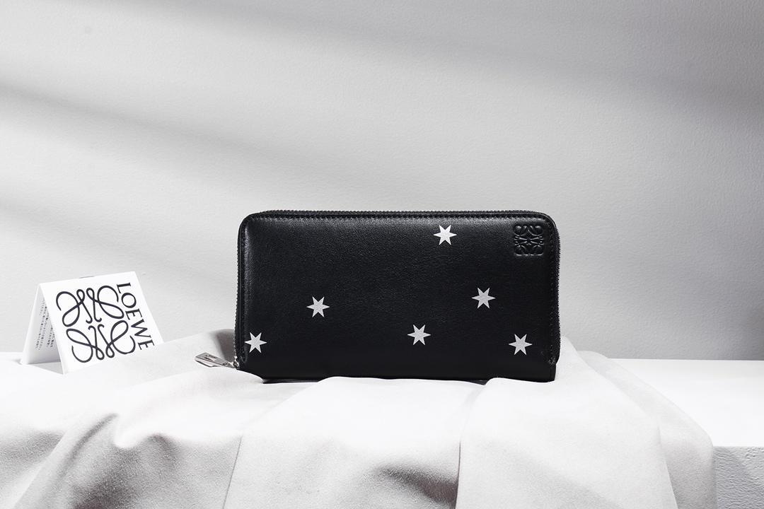 Loeweロエベ 財布 ブランド 超スーパーコピー 代引き日本国内発送 送料無料 281703