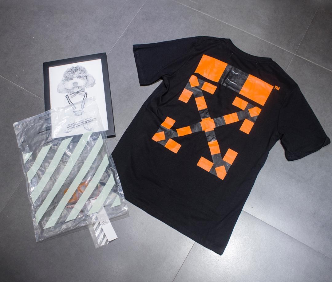Off-White カップル Tシャツ 2色 専門店届かない 代引き安全 送料無料