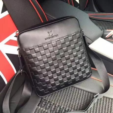 おすすめルイヴィトン Louis Vuitton セール価格 9160  メンズショルダーバッグレプリカバッグ 代引き