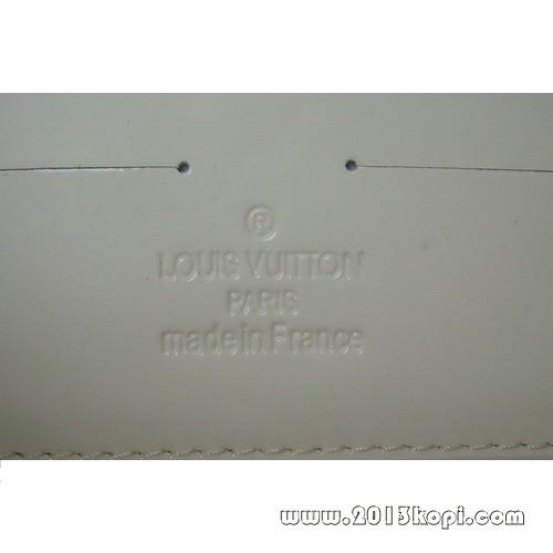 ルイヴィトン サンセット ブルーバード M93542 ヴェルニ アマラント クラッチ/ショルダーバッグ
