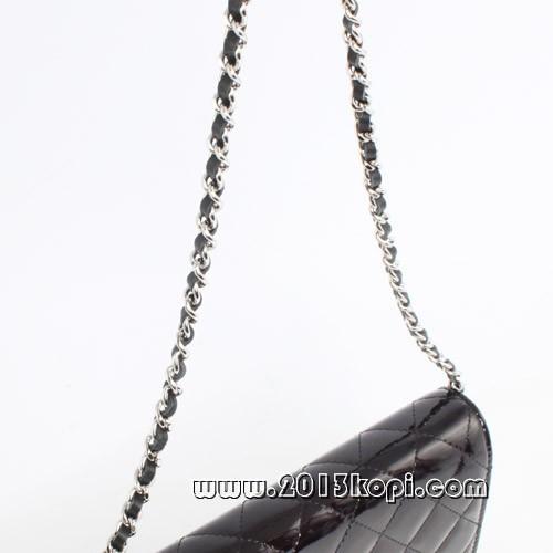 シャネル マトラッセライン A48692エナメル ショルダーバッグ ブラック&シルバー