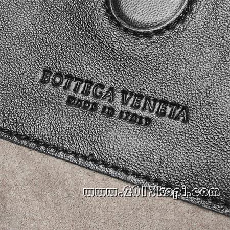 ボッテガ・ヴェネタ 124864 v0016 8175レザーショルダーバッグ カーボンブラック レディース