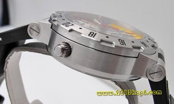 ブルガリ ディアゴノ GMTクロノ GMT40C6SVD/FB