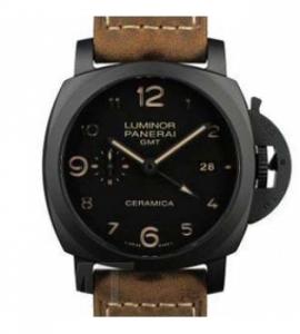 パネライコピー時計 ルミノール1950 3デイズ GMT オートマチック チェラミカ PAM00441