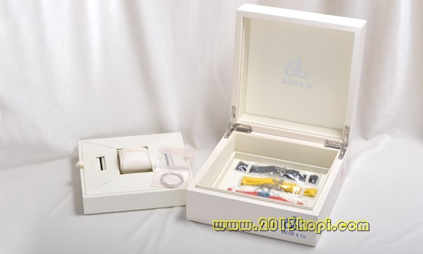 ジェイコブ ダイヤモンド ブランドコピー 新品 グレー JCM-57DAD