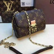 おすすめルイヴィトン  Louis Vuitton 値下げ M94552 ショルダーバッグスーパーコピーバッグ通販