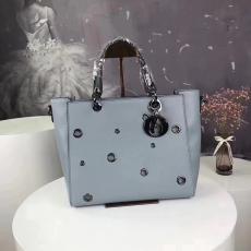 ブランド通販  ディオール  Dior 値下げ k618  レディースショルダーバッグ  斜めがけショルダー トートバッグスーパーコピー激安販売