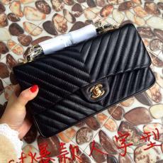 ブランド通販  Chanel シャネル   ショルダーバッグ  斜めがけショルダースーパーコピー通販