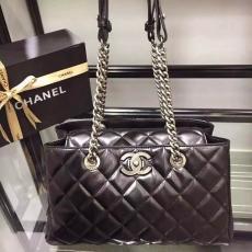 ブランド通販 シャネル  Chanel   ショルダーバッグ  斜めがけショルダースーパーコピーバッグ激安国内発送販売専門店