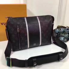 定番人気ルイヴィトン Louis Vuitton  M43410  メンズ斜めがけショルダーバッグレプリカ販売