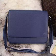 店長は推薦しますルイヴィトン Louis Vuitton  M32814  メンズショルダーバッグブランドコピー代引き可能