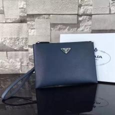 美品PRADA プラダ 特価 1237 新入荷安い クラッチバッグ 財布 メンズスーパーコピーブランド代引きバッグ