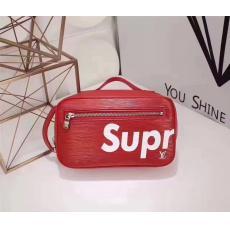 美品Supreme ルイヴィトン   Louis Vuitton  M51276 新入荷安い メンズ斜めがけショルダースーパーコピーブランド